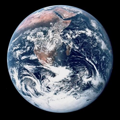 nasa_-_earth_from_apollo